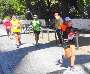 Paula Matos sub4h na estreia na Maratona