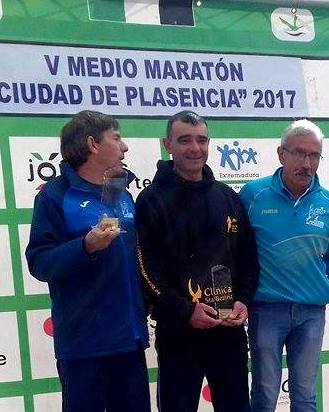 emilio-paulino-plasencia-2017-podio